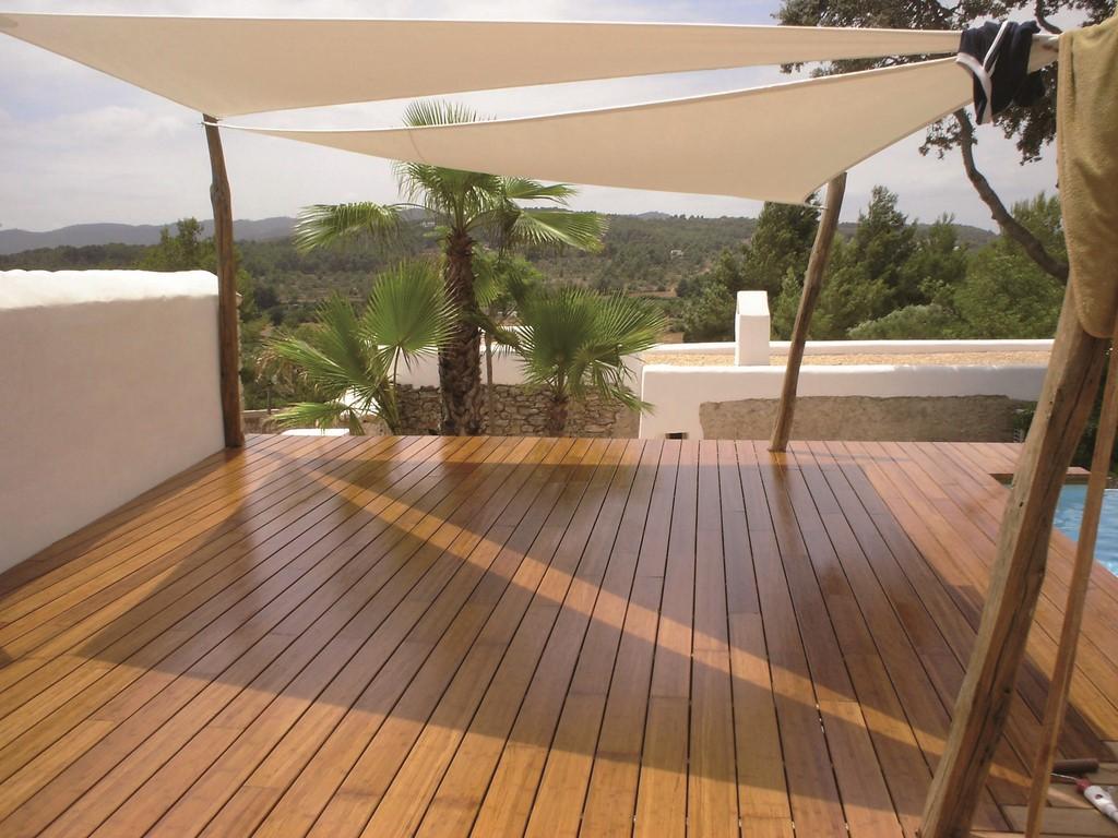 Terrasse bois en teck à Saint tropez (var 83)