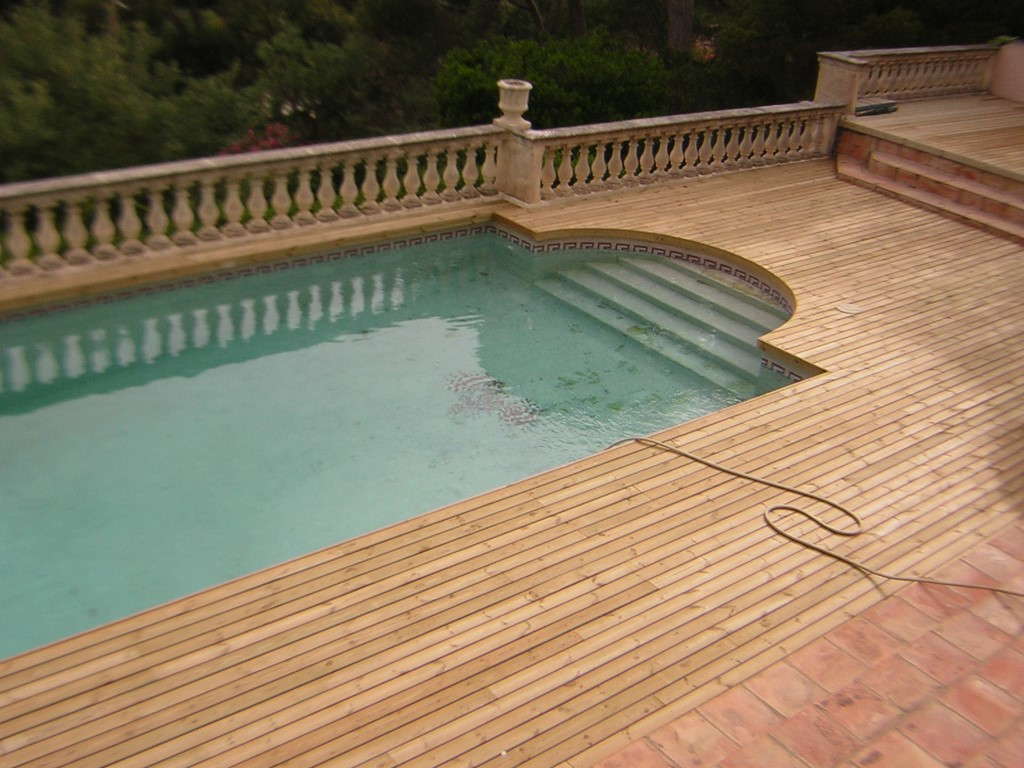 Terraces pools lin a design decolin a design deco for Piscine in french