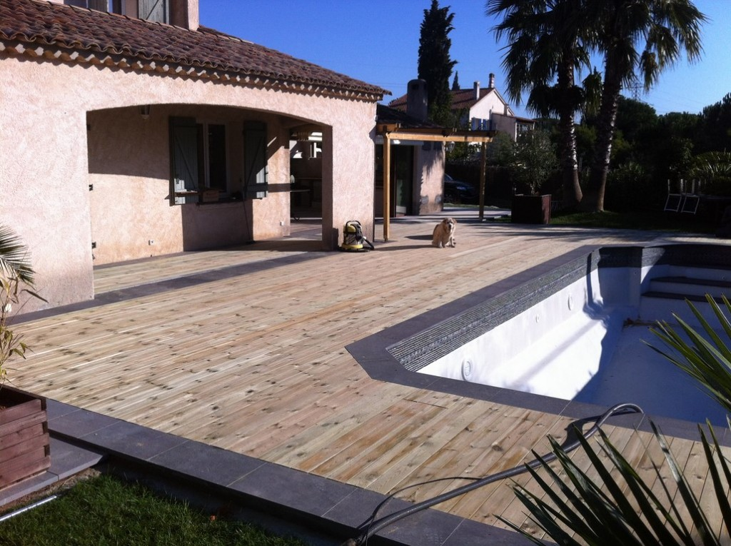 Terrasses piscines lin a design decolin a design deco for Bois terrasse piscine
