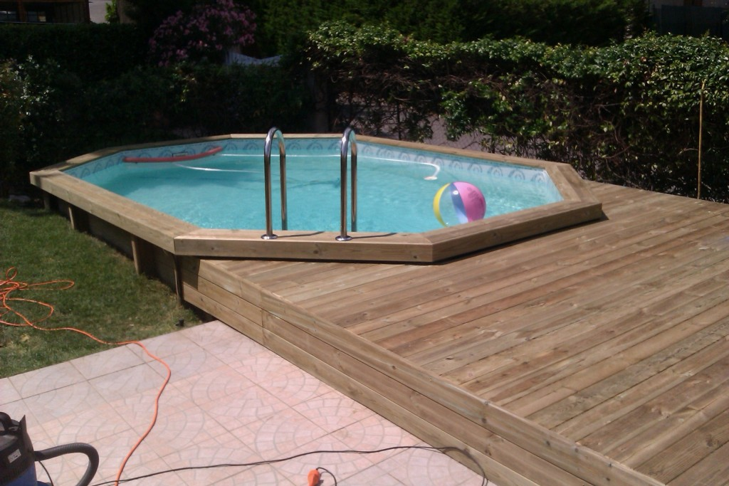 Terrasses piscines lin a design decolin a design deco for Piscine hors sol et terrasse bois
